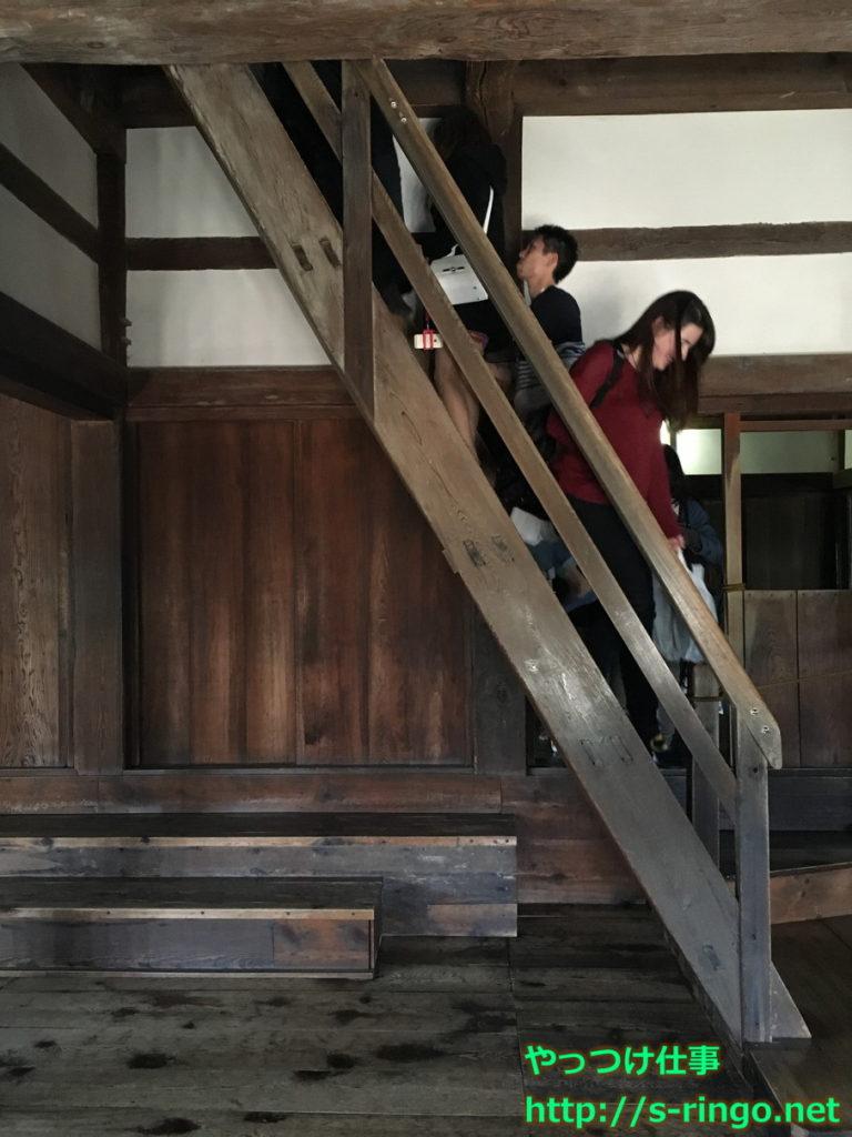 彦根城天守の階段